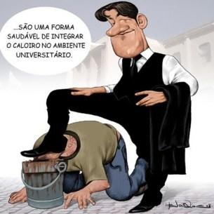 Praxe - Cartoon Henrique Monteiro