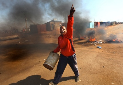 South Africa shacks residents protest for lack of services