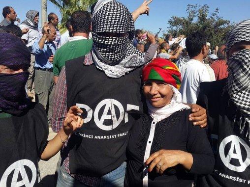 DAF_in_Kobane_6-e1b82