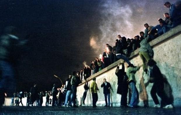 a+queda+do+muro+de+Berlim