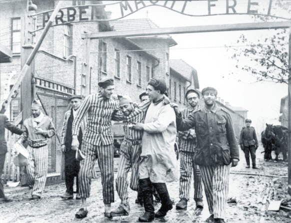 00-liberation-of-auschwitz-by-red-army-12-11