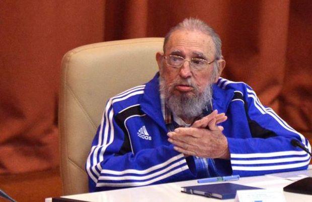 CUBA-LA HABANA-ASISTEN FIDEL Y RAÚL A SESIÓN FINAL DEL 7MO. CO